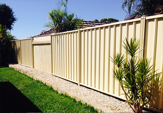 canberra colorbond aluminium fence install