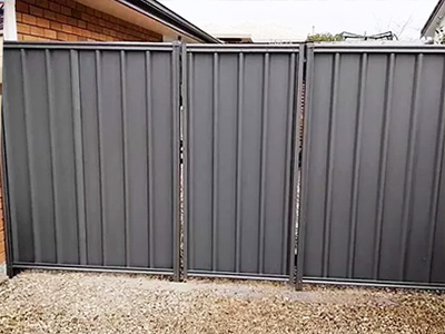 frontier fencing colorbond timber fence gate installer (3)